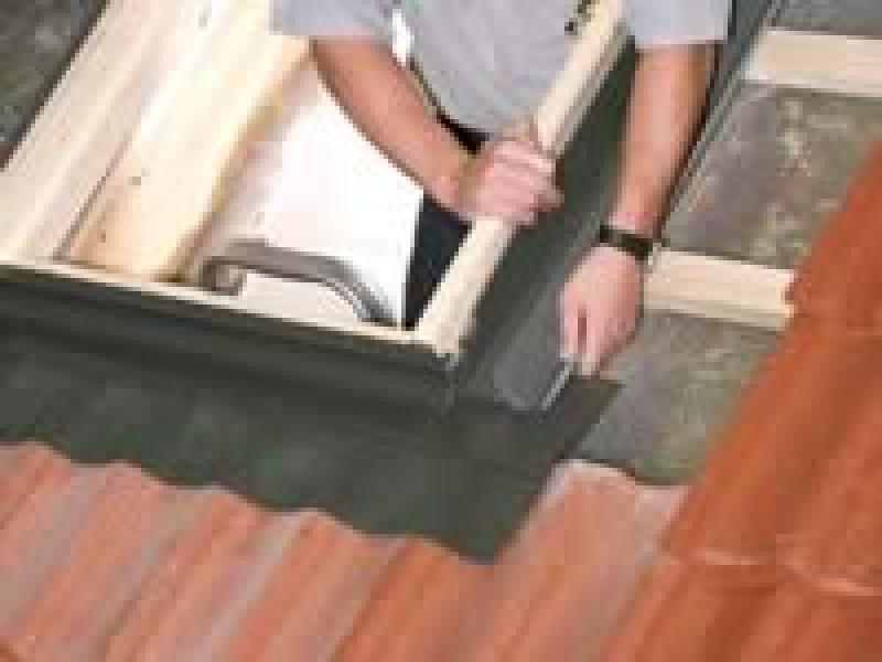 raccord tuile pour fen tre de toit h98xl78cm pas cher. Black Bedroom Furniture Sets. Home Design Ideas