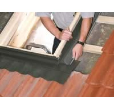 Raccord tuile pour fenêtre de toit H118xL114cm