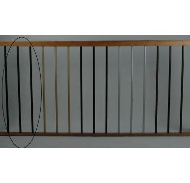 Rampe pour escalier quart tournant haut hauteur 272 cm reculement 291 cm avec marche débordante aluminium vertical noir
