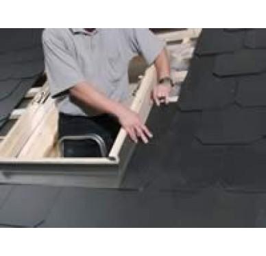 Raccord matériaux plats pour fenêtre de toit H118xL114cm